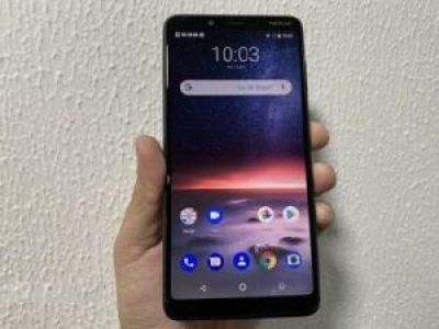 Nokia 3.1 Plus, Design, display