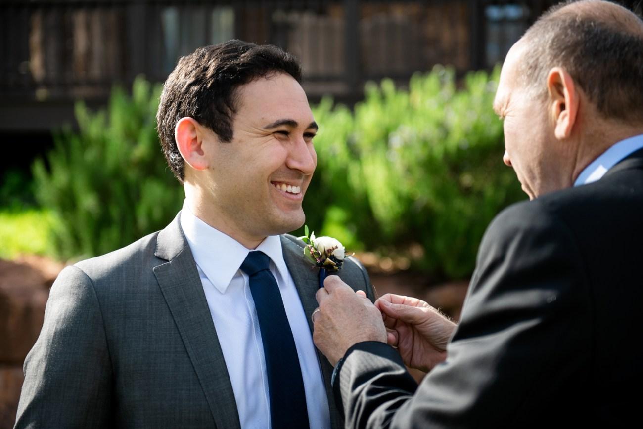 groom in Sedona