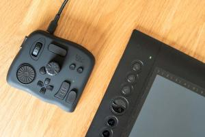 Tourbox controller with graphics tablet