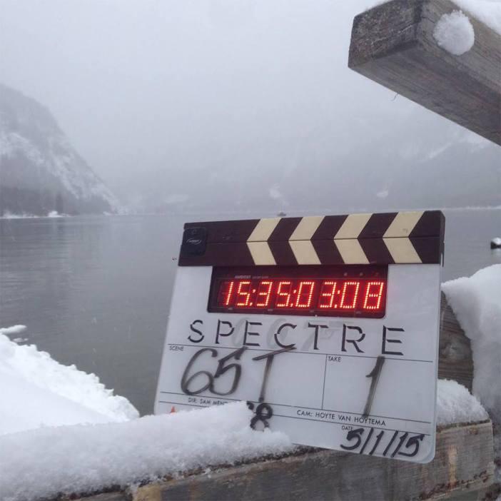 """Cenário coberto de neve marca o retorno das gravações de """"SPECTRE"""" na Áustria © 007.com"""