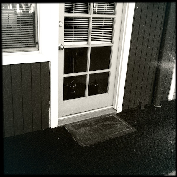 Hipstamatic Disposable update 6 – the failure that was the BlacKeys 44 camera