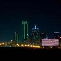 11 365 241 Dallas Skyline Meetup half moon 20120825©JamesECockroft