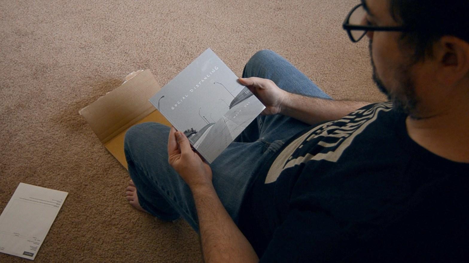 unboxing-Social-Distancing