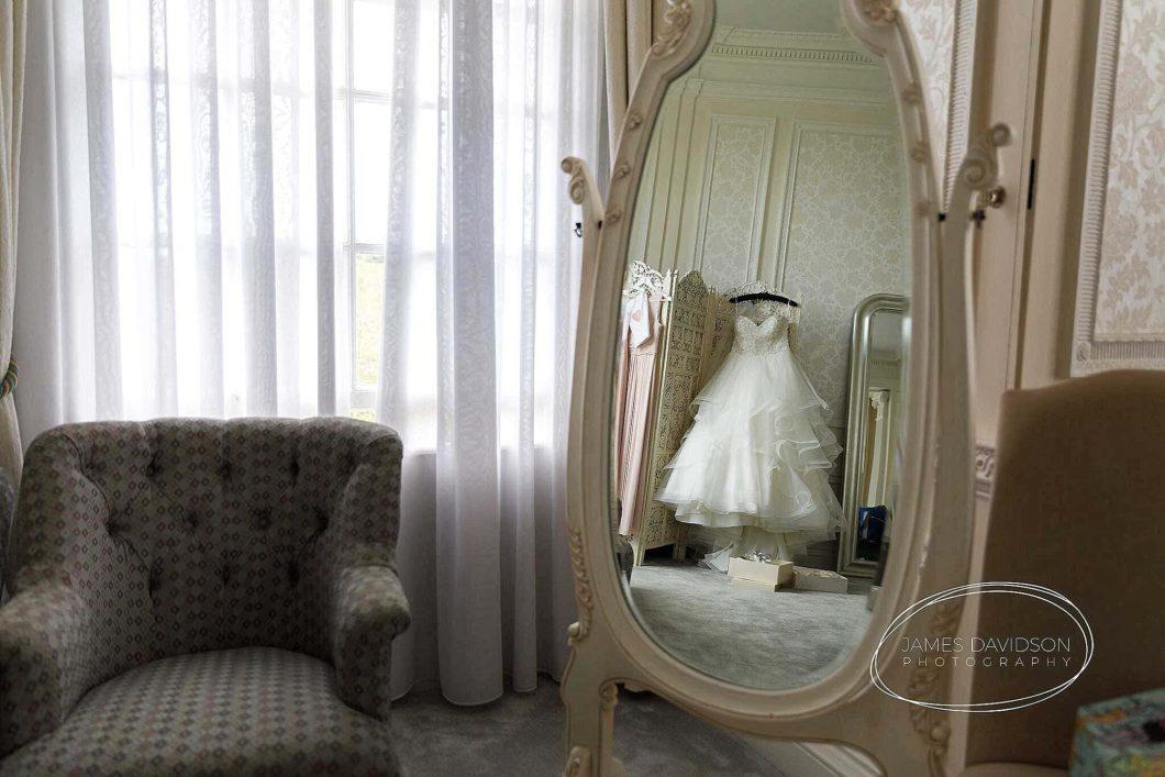 hedsor-house-wedding-photographer-018