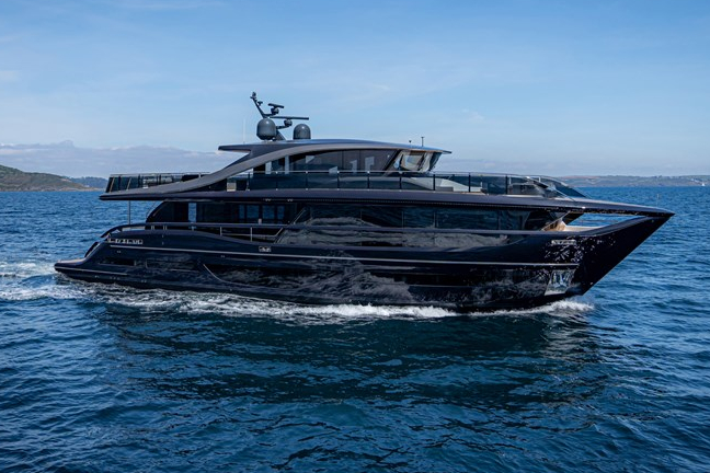 Best yacht and superyacht brands, top posh yachts.