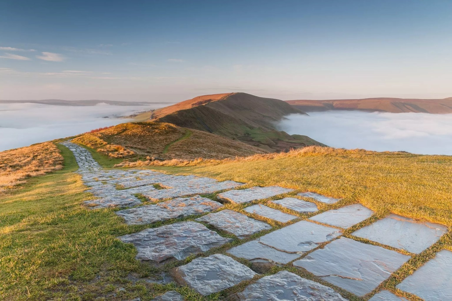Mam Tor Flagged Path looking towards Rushup Edge - Mam Tor Photography Location Guide