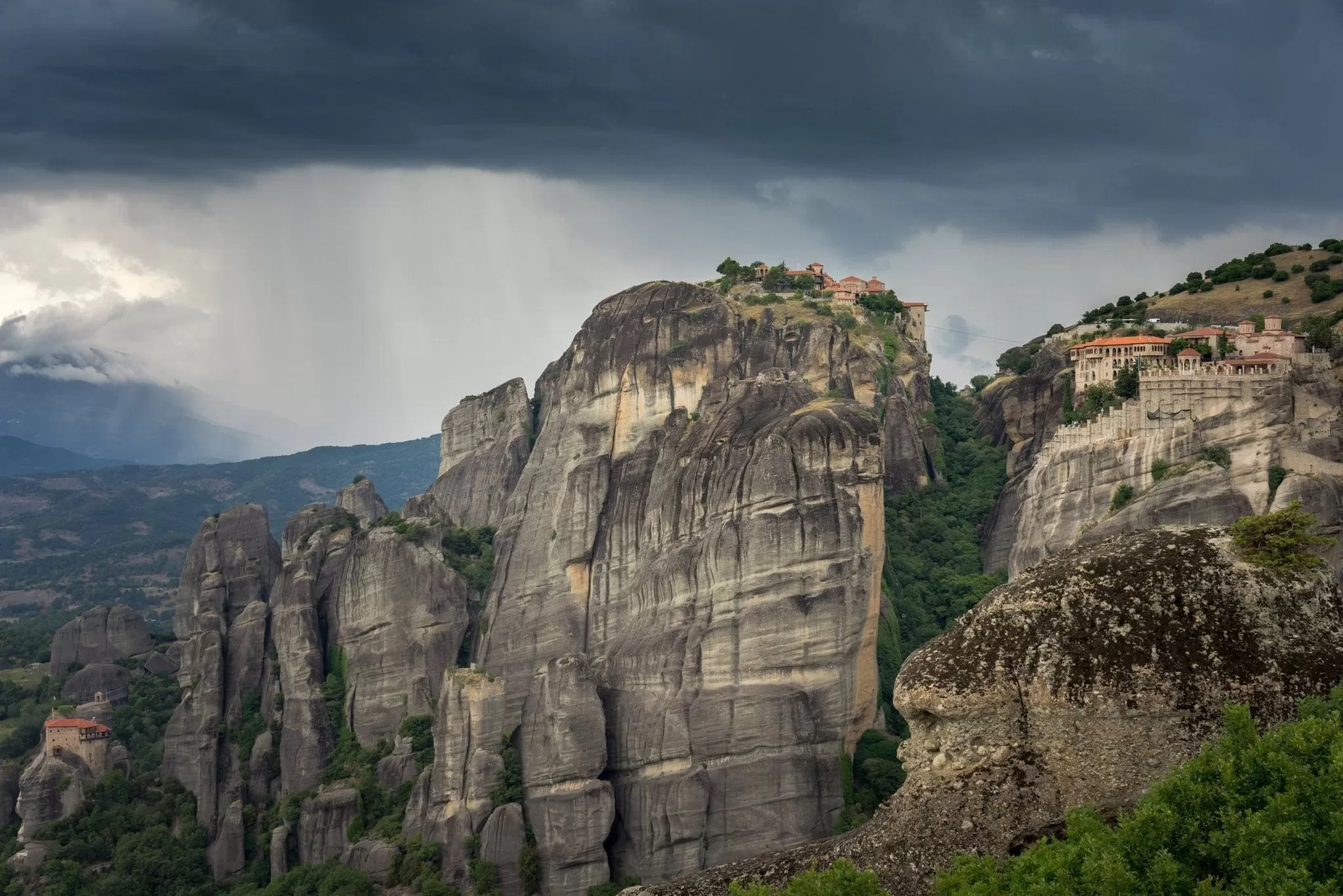 Meteora Drama - Meteora Photography Workshop