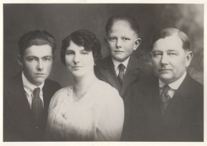 Lyle Rathbun, Bessie Pearl Engle Rathbun, Glen Rathbun, Ozro Guy Rathbun