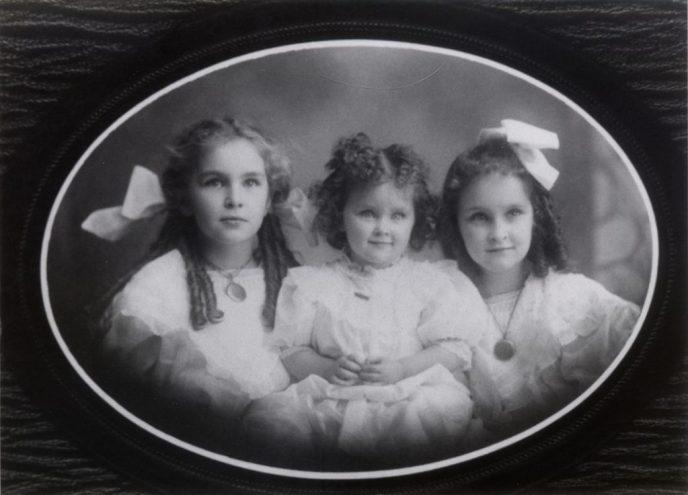 The Ensley Girls 1908 - Isabel, Elizabeth, and Gladys