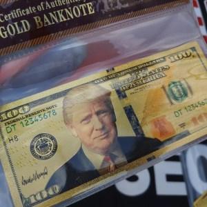 AUTHENTIC 24K GOLD DONALD TRUMP $100 BANKNOTE w/ COA SLEEVE