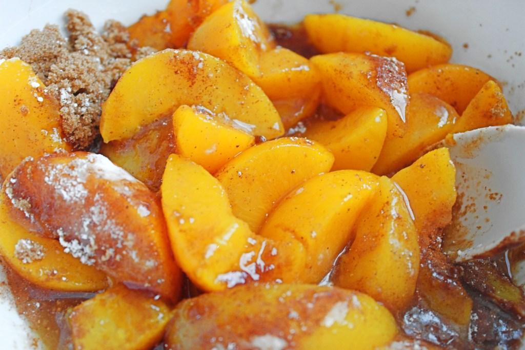 skillet peach cobbler
