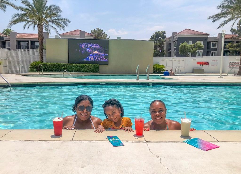 Las Vegas pool day