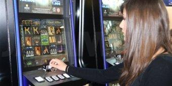 Risultati immagini per Paita (Pd) è a favore di una nuova legge nazionale che regolamenti il settore giochi
