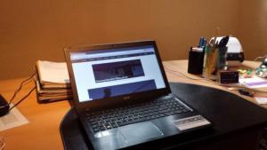 Schreibtisch1
