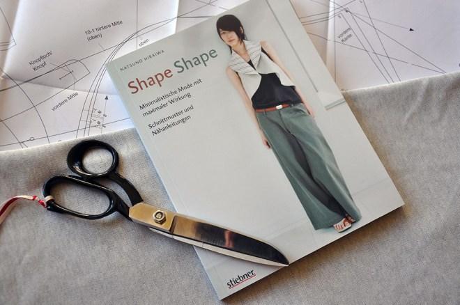Shape_Shape_Cover des Nähbuches. Gastbeitrag von fairytalegonerealistic bei JanaKnöpfchen - Nähblog