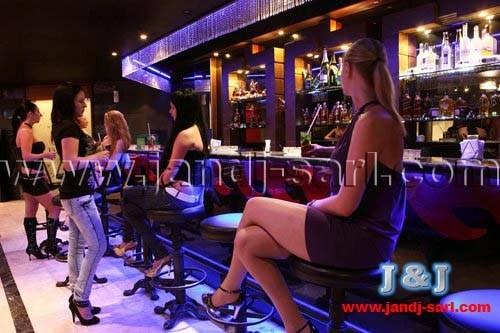 Работа на консумации в ночном клубе Varietes Show Ливан