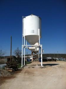 bulk and liquid feed-https://www.jandnfeedandseed.com