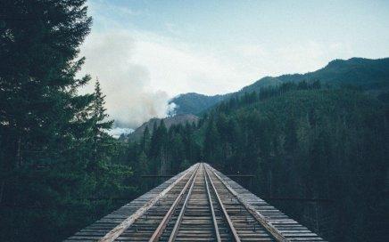 empty train track