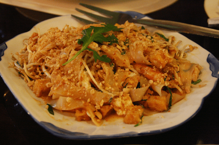 Happy Tummy pad thai