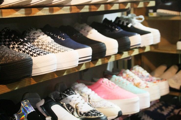 edae shopping shoes