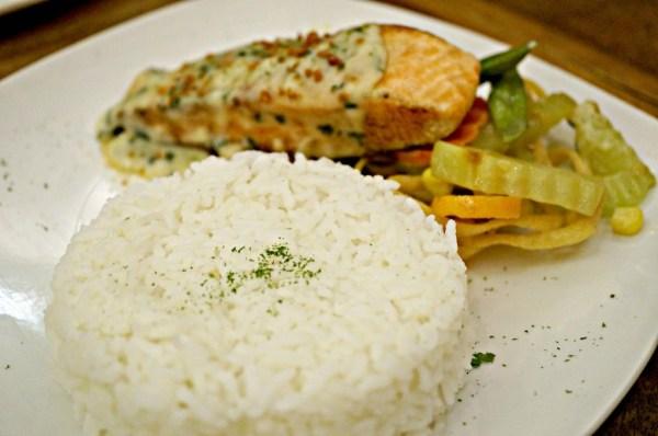 rekados-cafe-and-restaurant-46
