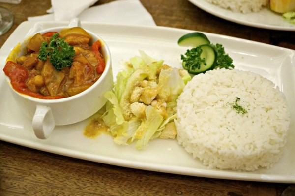 rekados-cafe-and-restaurant-62