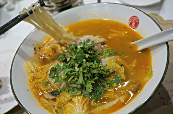 tuantuan-chinese-brasserie-szechuan-spicy-soup-50