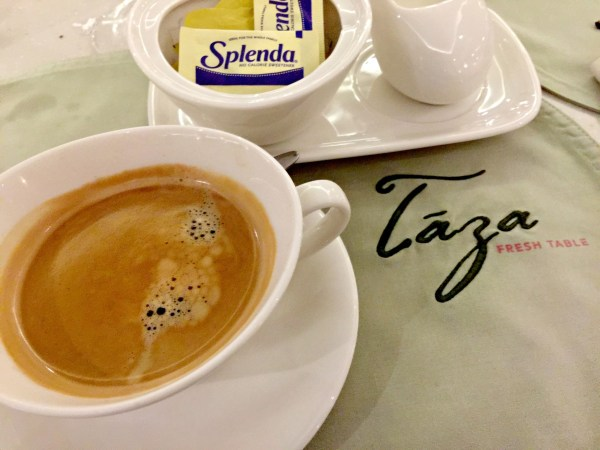 taal-vista-hotel-taza-fresh-table-12