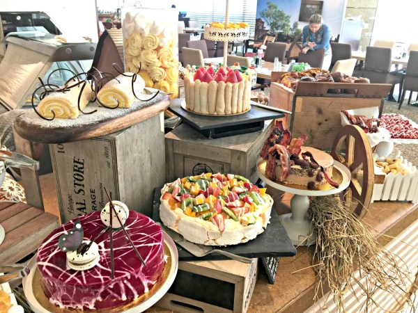 sunday-brunch-at-the-ranch-spectrum-fairmont-makati-53