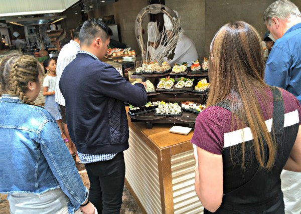 sunday-brunch-at-the-ranch-spectrum-fairmont-makati-62