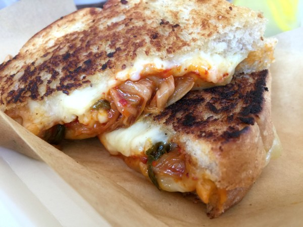 the-cheese-cart-grilled-cheese-sandwiches-05