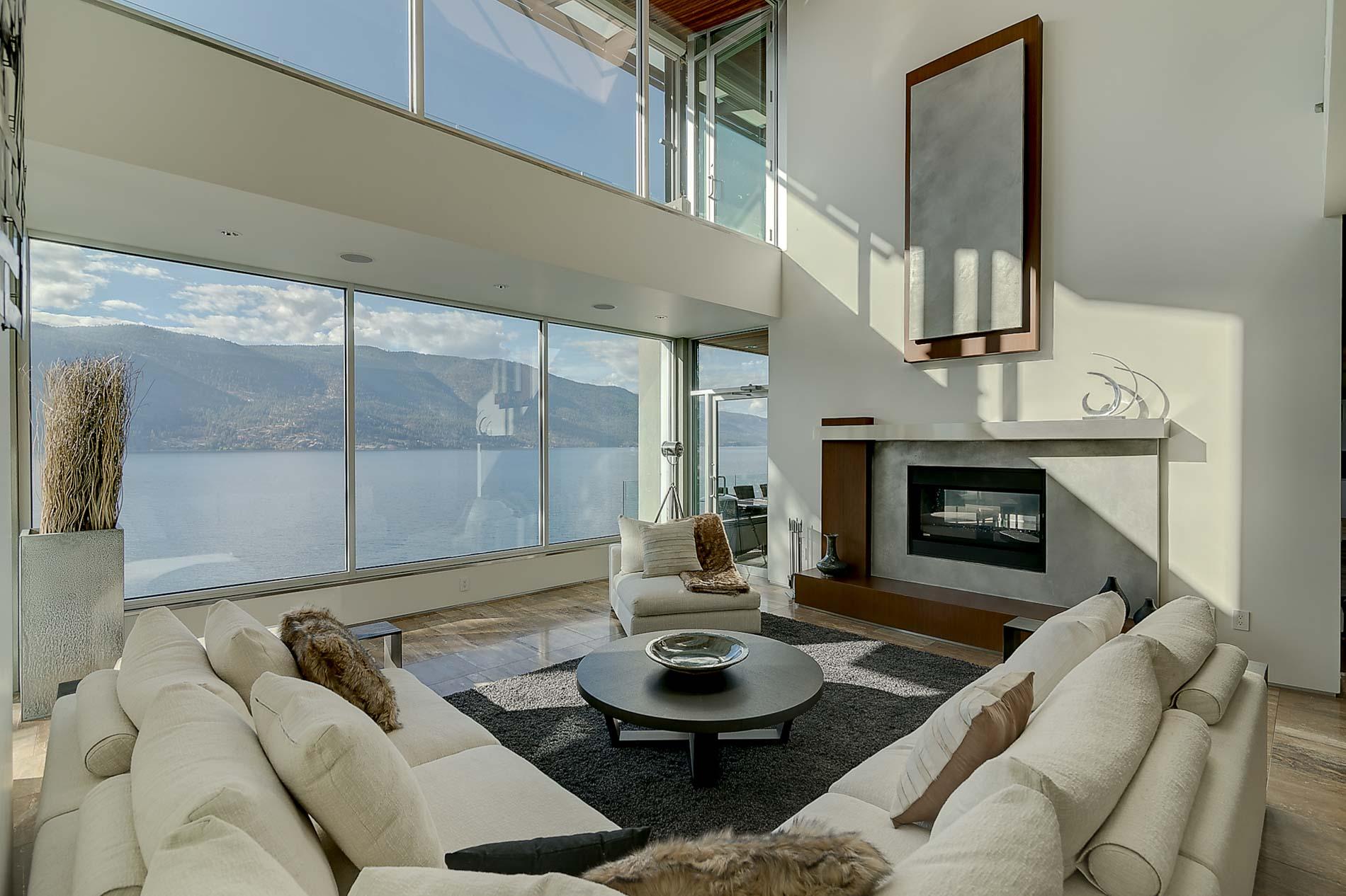 2600 Dubbin Kelowna House Of Concrete And Glass