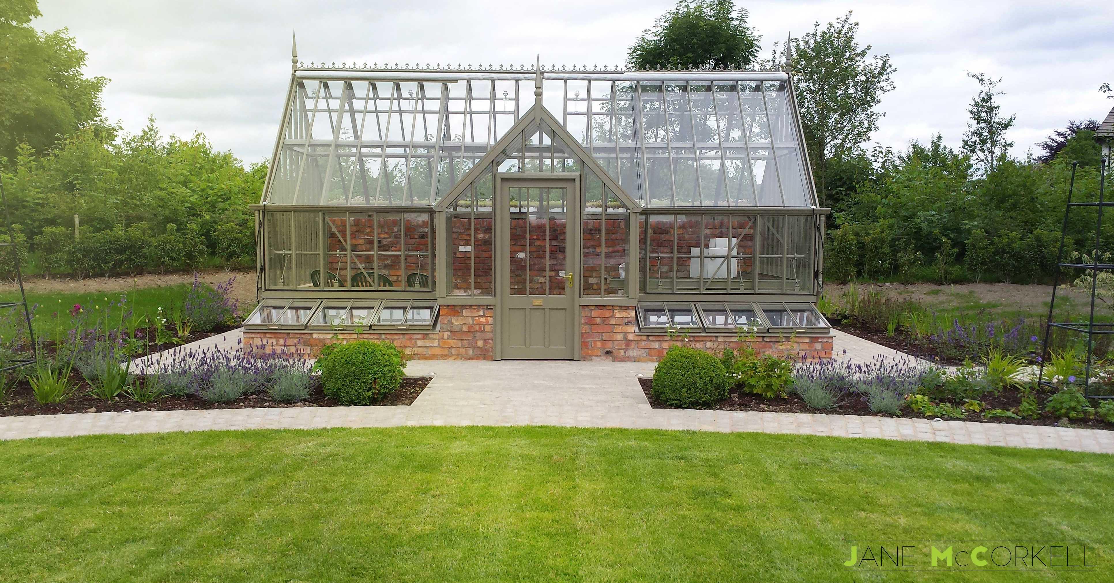 Design Small Garden Front House