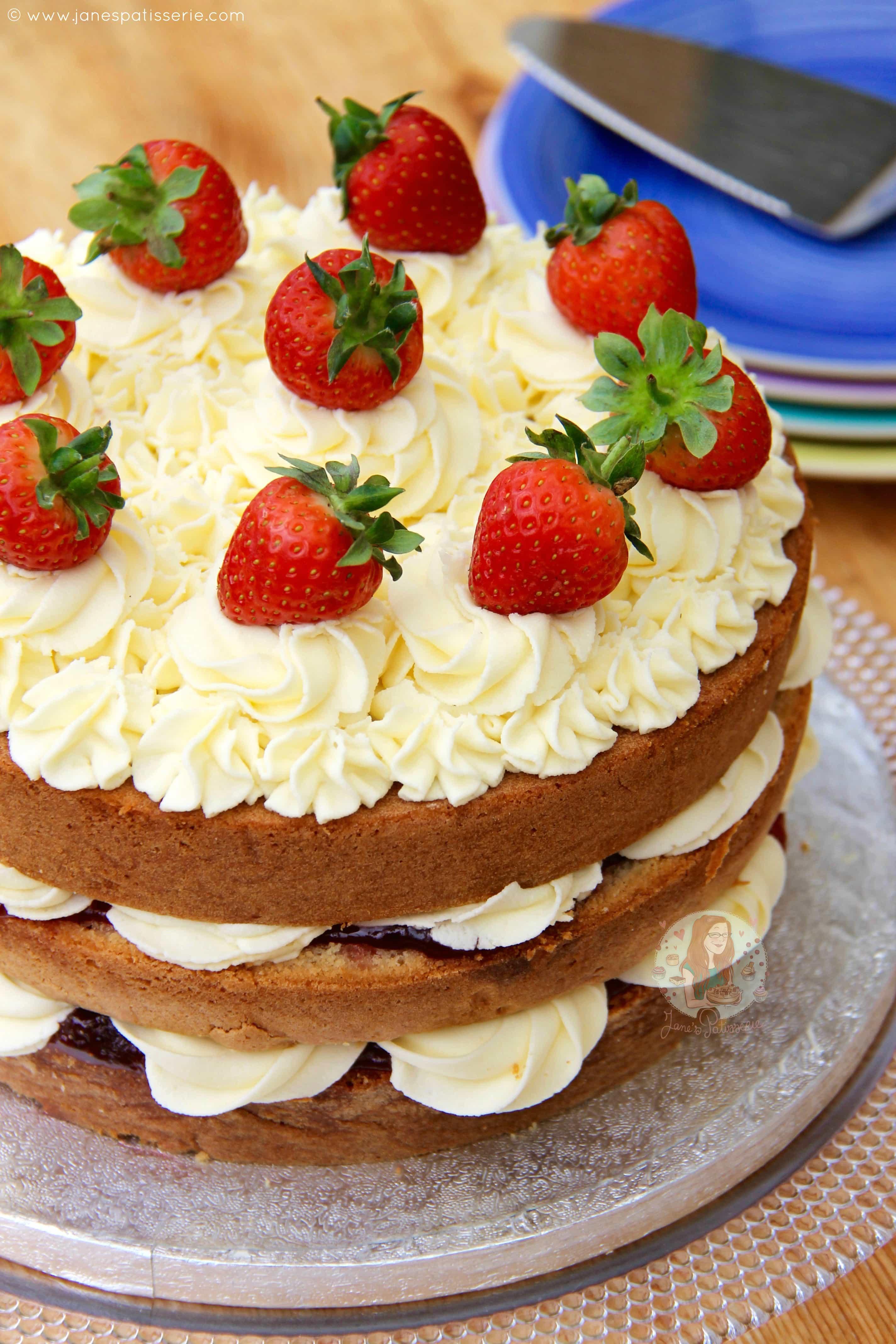 Victoria Sponge Celebration Cake Jane S Patisserie
