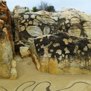 """""""Flow"""", Plettenberg Bay, South Africa - created during the 2nd Site_Specific International Land Art Biennale"""