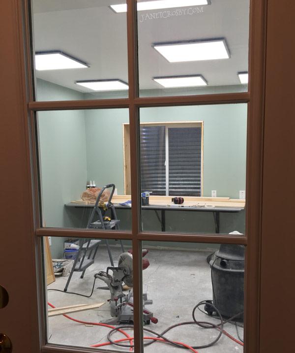 Studio Door at www.JanetCrosby.com