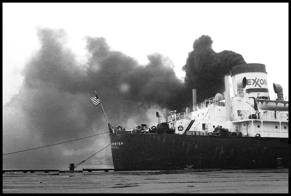 Exxon Ship, Pier 12,1989