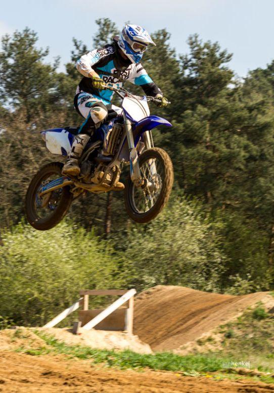 Motocross TB April-8