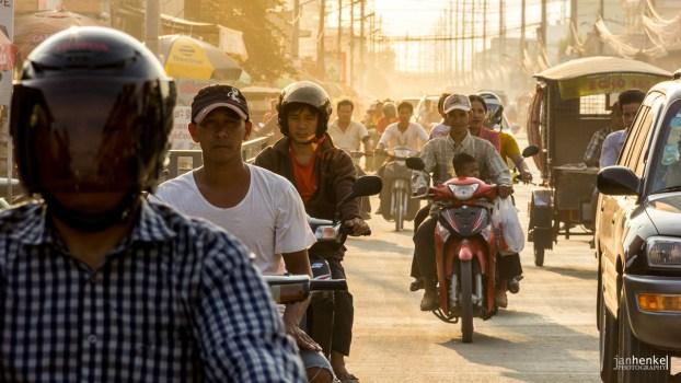 Volle Straßen in Phnom Penh