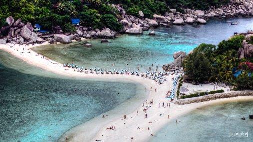 Blick auf den Strand von Koh Nangyuan