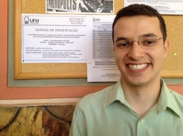 Psicanalista defende dissertação de mestrado na UFSJ
