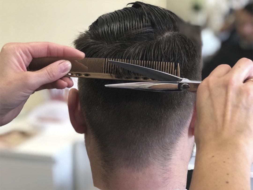 Unser team · unser team · unser salon. Haarschnitt Nacken Herren - Skushi