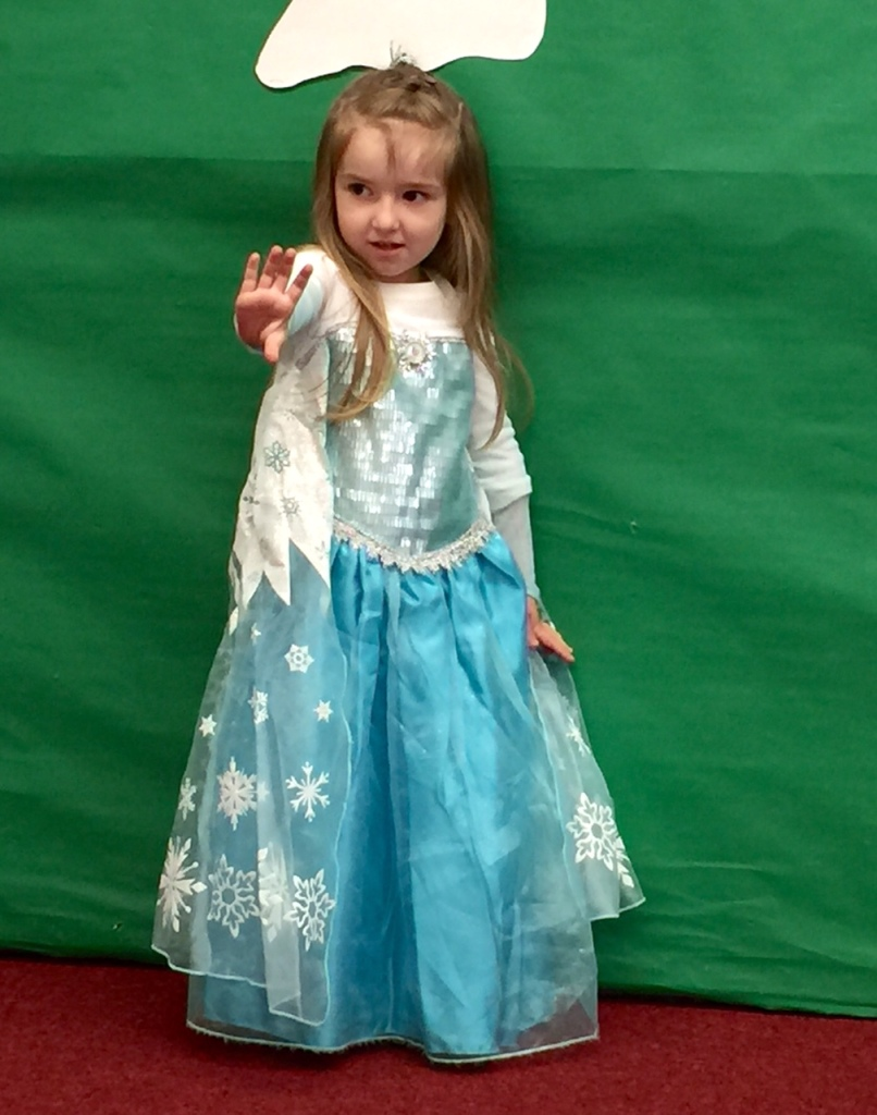 Lily all ready to freeze pre-school as Elsa
