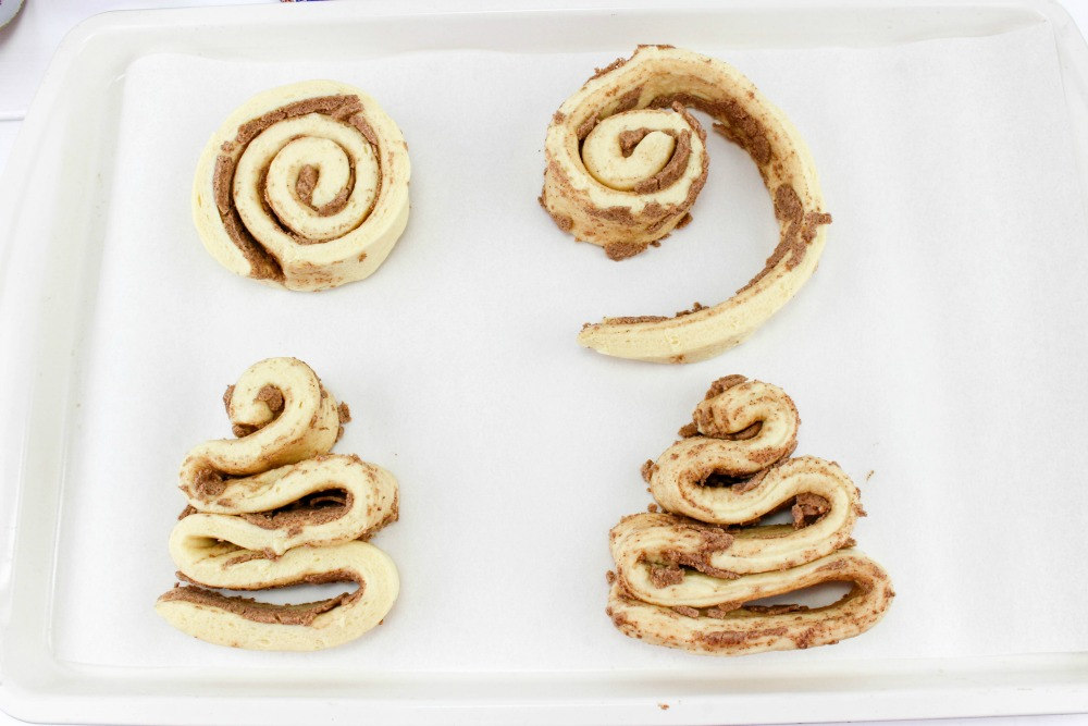 Christmas Tree Cinnamon Roll Recipe In Process 1