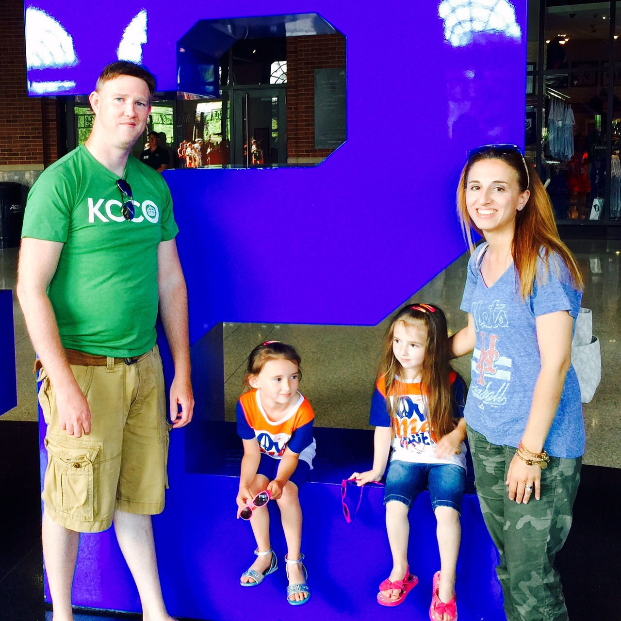 Mets-Game-Family-Photo