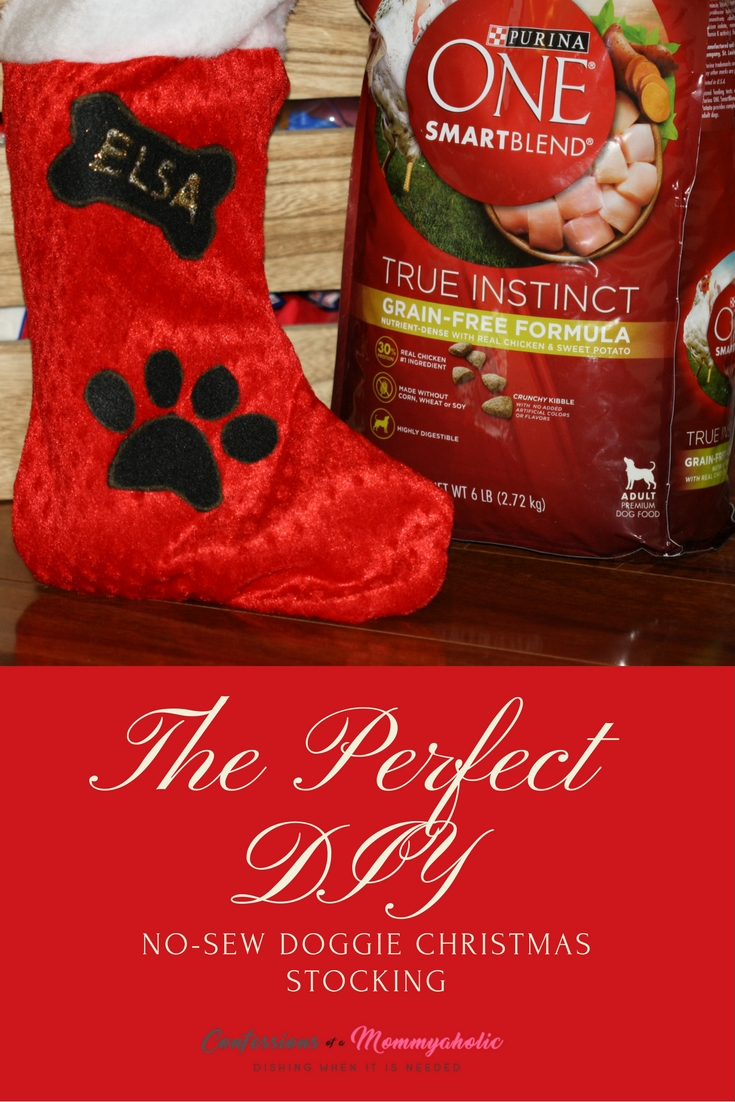 the-perfect-diy-no-sew-doggie-christmas-stocking