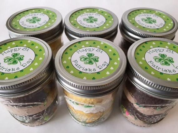 St Patricks Day Cupcakes in a Jar