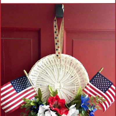 How to Make A 4th of July Wreath from The No Pressure Life for SSBH 5