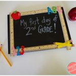 DIY Reusable Chalkboard Sign For School #TSSBH
