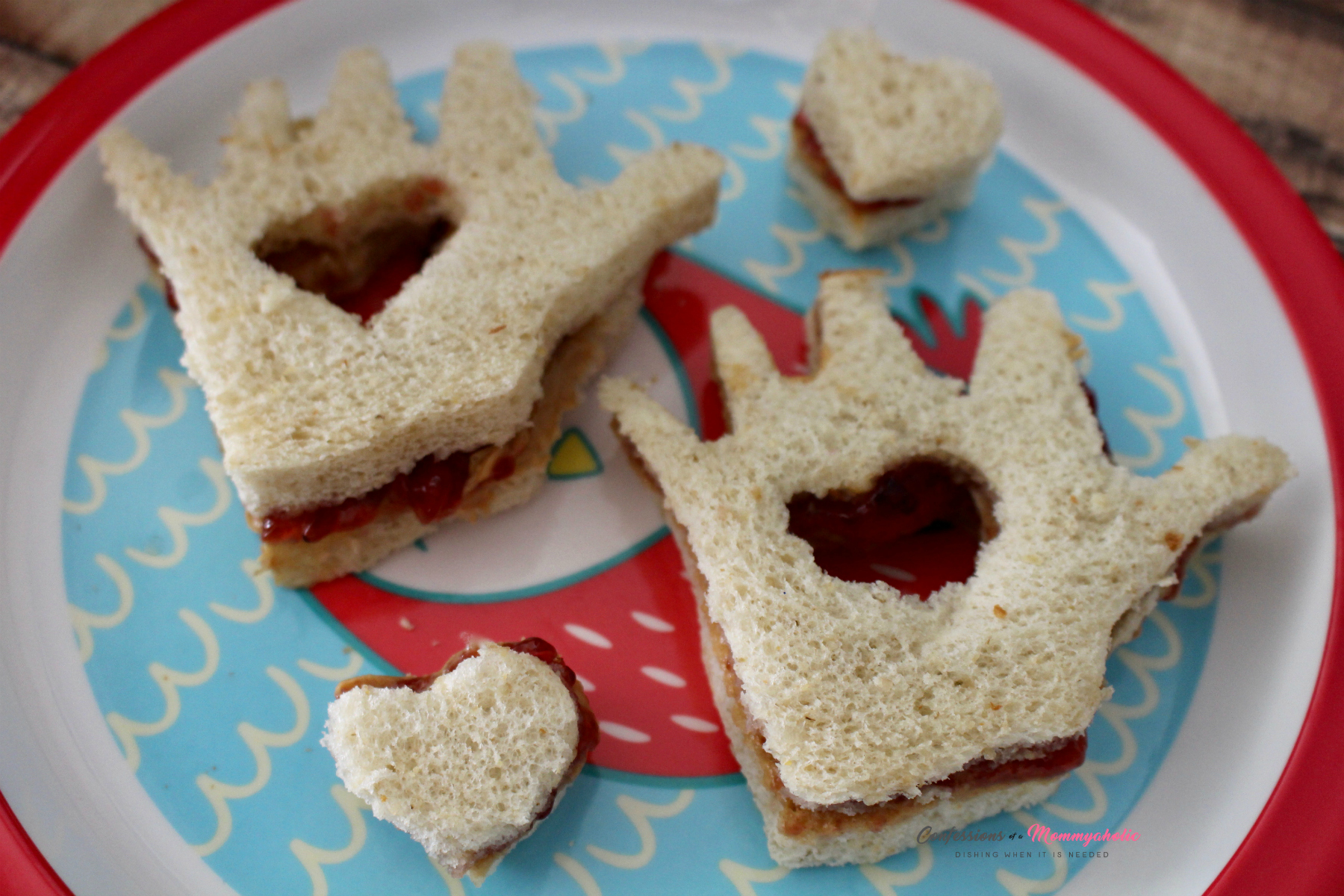 Kissing Hand Sandwiches with Hearts